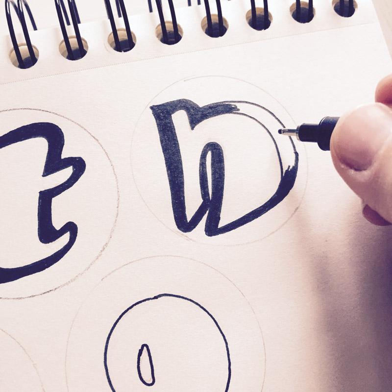 Buchstaben-ausmalen