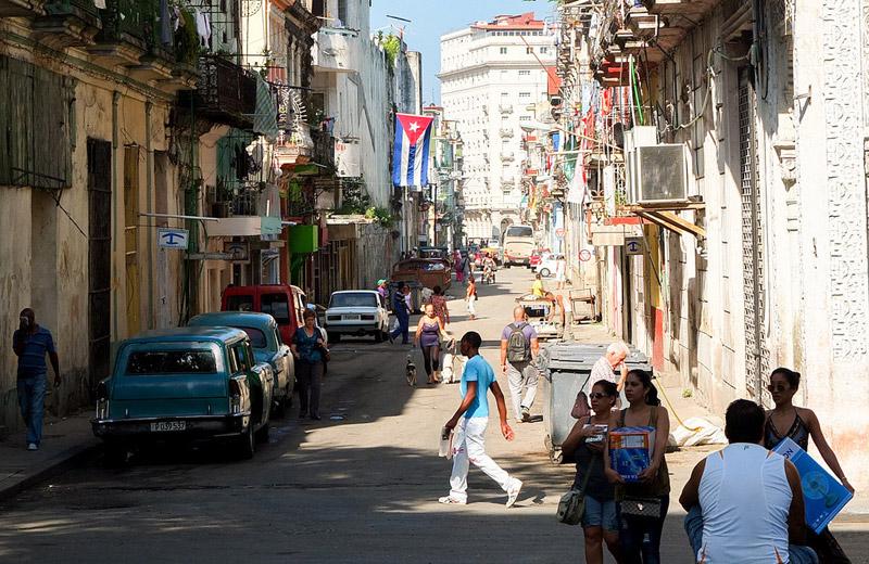cuba-in-the-street