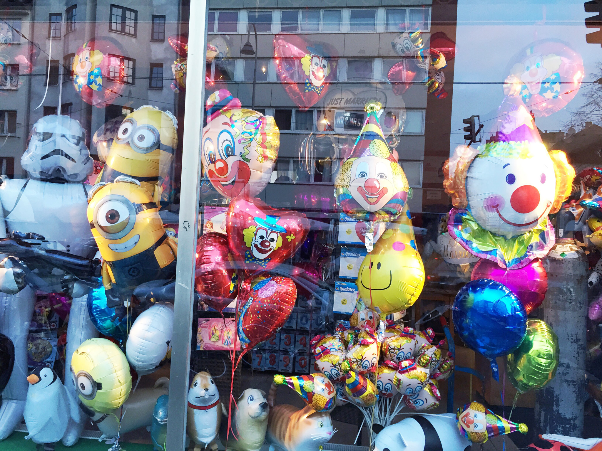 Januarfarben-Serie-Schaufenster-4