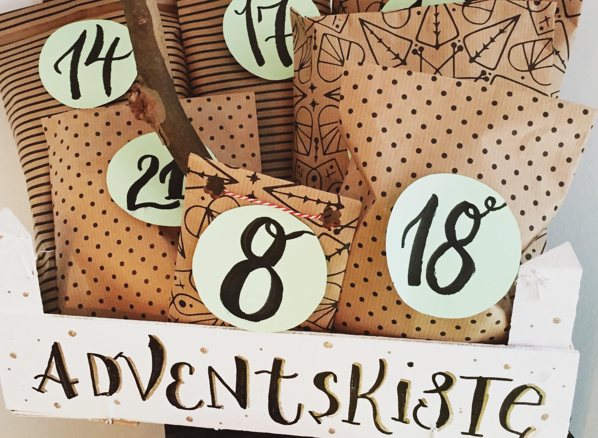 Adventskalender basteln und befüllen – So sieht unser Adventskalender dieses Jahr aus